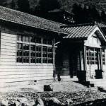 戦後まもなく建てられた校舎